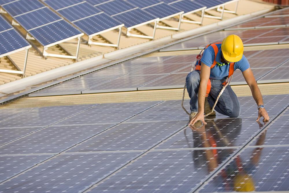 solar_worker