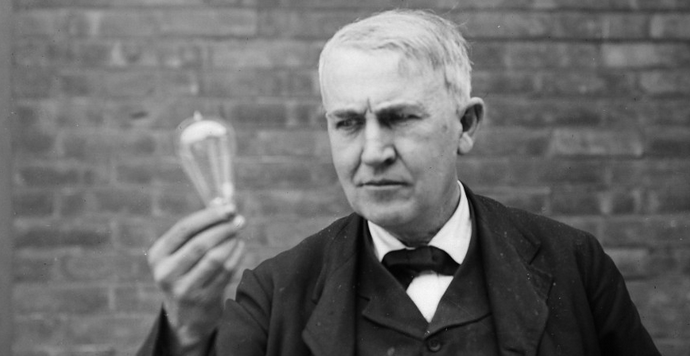 thomas-edison-vs-nikola-tesla-war-of-currents-